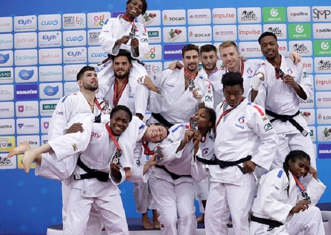 Mondiaux 2018 De Judo L 233 Quipe De France En Argent